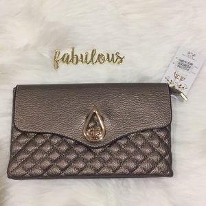 Handbags - NWT pewter quilt look clutch crossbody